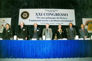 1998-99: Congresso Distrettuale del Governatore Carosella