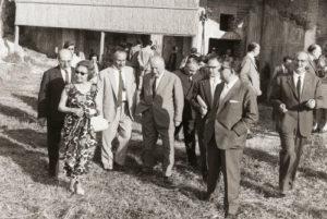 1973-74: Rotariani in visita agli Scavi di Stabiae con il preside Libero d'Orsi