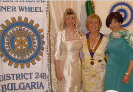 2011-12: Partecipazione al Gemellaggio Inner Wheel tra i Distretti 210 Italia e 248 Bulgaria