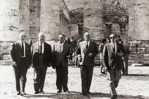 1958-59: Rotariani in visita a Segesta