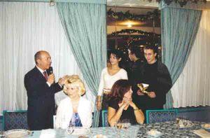 2001-02: Il Presidente Vincenzo Arienzo con i Giovani dell'Interact