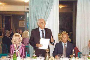 2001-02: La visita del Governatore Giuseppe Filice a Vincenzo Arienzo