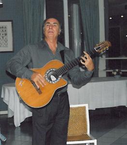 2004-05: 'La canzone napoletana degli anni 50' con l'esibizione del dott. Michele Costanzo