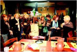2012-13 Un gruppo di signore alla manifestazione Gragnano, pasta e vino