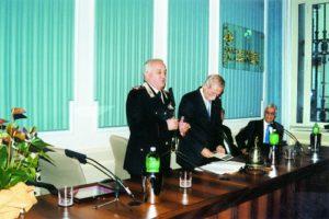 2002-03: Il premio Stabiesi Illustri al Capo di Stato Maggiore dell'Arma dei Carabinieri, dott. Giorgio Piccirillo
