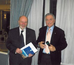 2008-09: Il Presidente Di Lorenzo con il Governatore incoming Michelangelo Ambrosio all'inaugurazione dell'Aula informatica