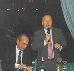 2001-02: Il Presidente Arienzo con il prof. Raffaele Calabrò