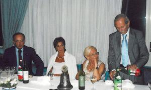 2002-03: Il Presidente De Simone con il dott.Giancarlo Calise