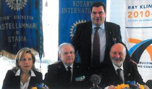 2010-2011: Il Presidente Amelina al Forum Distrettuale Aera a Marina di Stabia